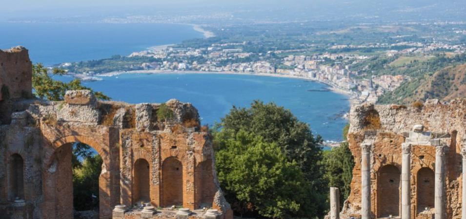 Sicilia, fra mare arte barocca