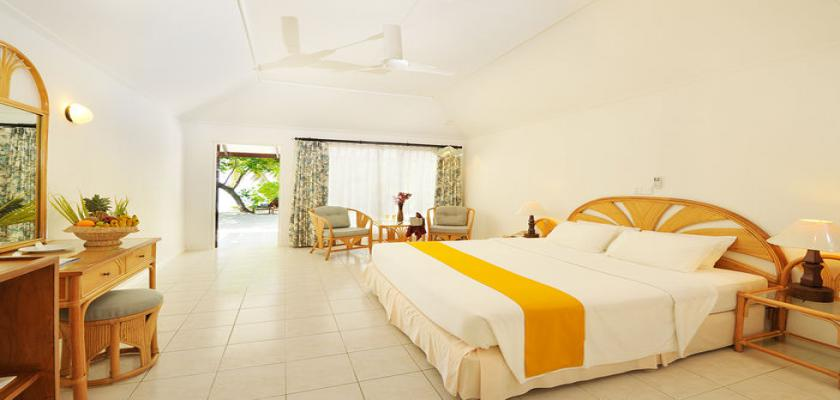 Maldive, Male - Holiday Island Resort & Spa 2