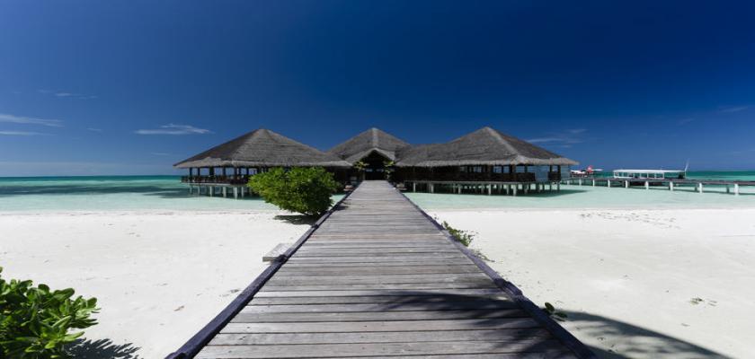 Maldive, Male - Medhufushi Island Resort 1