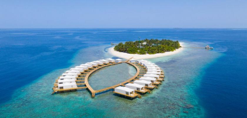 Maldive, Male - Sandies Bathala 0