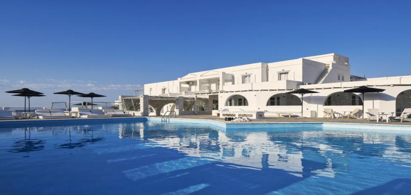 Grecia, Tinos - Mr & Mrs White Tinos 2