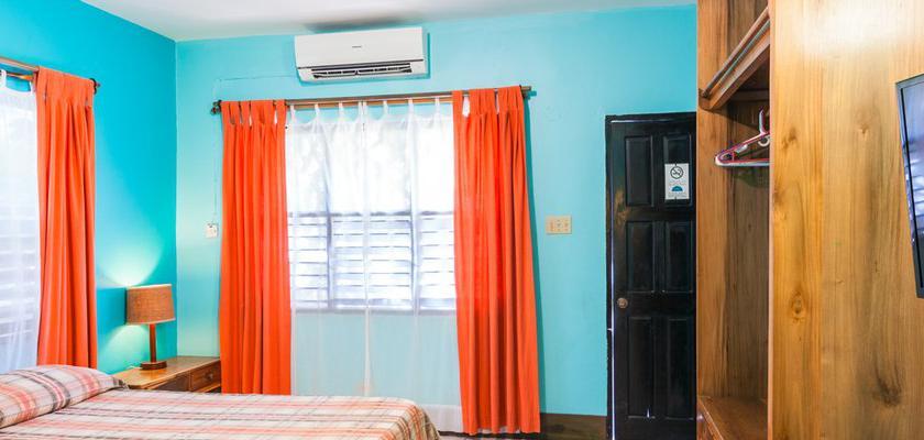 Giamaica, Negril - Sunrise Club 1