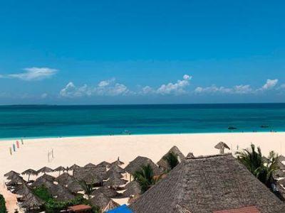 Zanzibar, Zanzibar - Palumbo Waves Resort