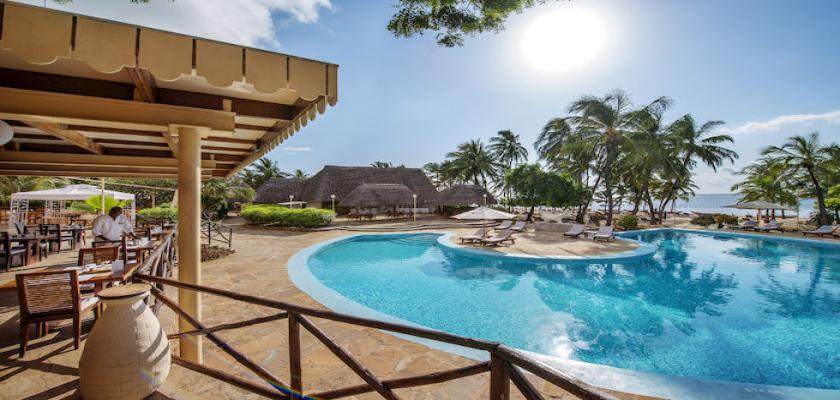 Kenya, Mombasa - Diamonds Dream Of Africa 3
