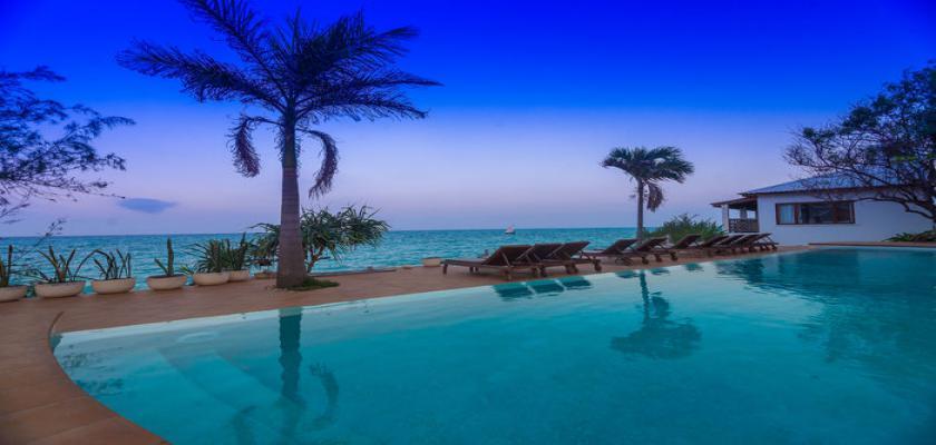 Zanzibar, Zanzibar - Warere Beach Hotel 3