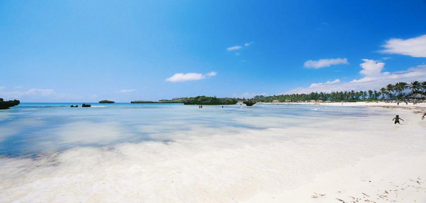Kenya, Watamu - Barracuda Inn Beach Resort 1