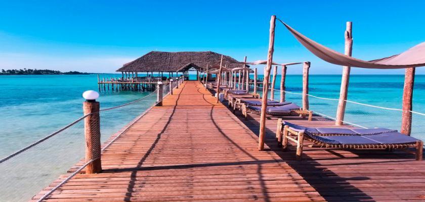 Zanzibar, Zanzibar - Reef And Beach Resort 1