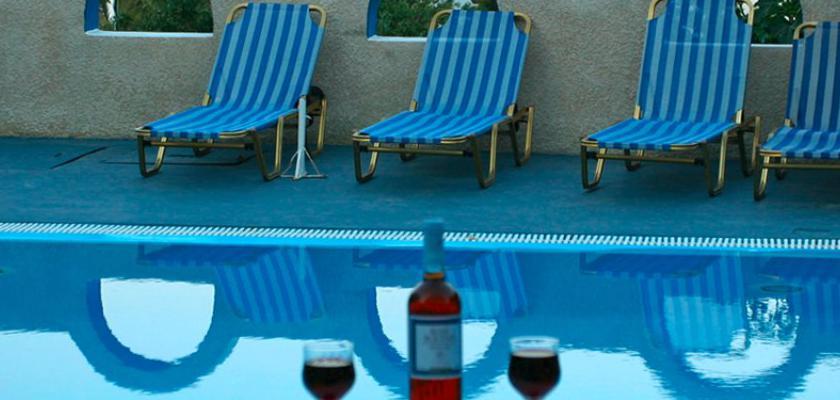 Grecia, Santorini - Hotel Artemis Santorini 3