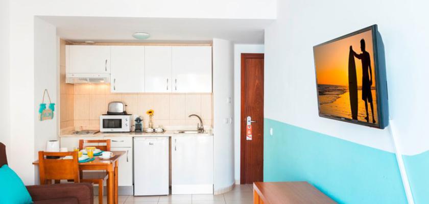 Spagna - Canarie, Fuerteventura - Surfing Colors Apt City Dreams 0