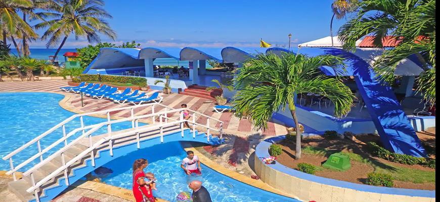 Cuba, Havana - Atlantico Beach Resort 0